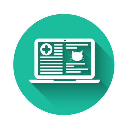 White Medical clinical record cat on laptop icon isolated with long shadow. Health insurance form. Prescription, medical check marks report. Green circle button. Vector Illustration Vettoriali