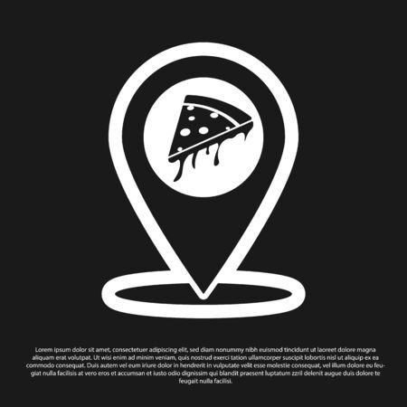 Pointeur de carte noire avec icône de pizza tranche de restauration rapide isolé sur fond noir. Icône d'emplacement de pizzeria. Marqueur de café et de restaurant de pizza. Illustration vectorielle