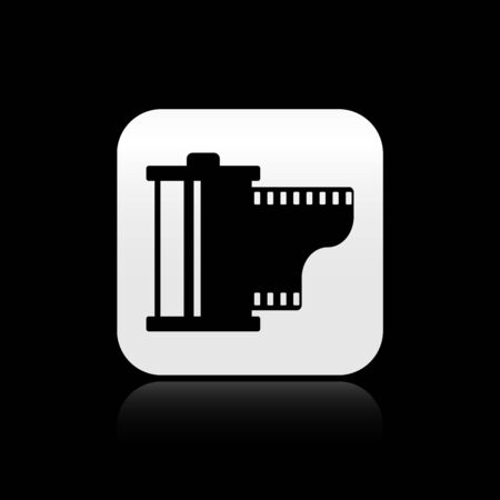 Black Camera vintage film roll cartridge icon isolated on black background. Film reel. 35mm film canister. Filmstrip photographer equipment. Silver square button. Vector Illustration Ilustração
