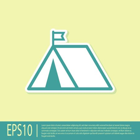 Green Tourist tent with flag icon isolated on yellow background. Camping symbol. Vector Illustration Ilustração