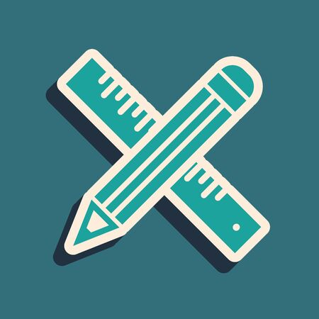 Green Crossed ruler and pencil icon isolated on blue background. Straightedge symbol. Drawing and educational tools. Long shadow style. Vector Illustration Ilustração
