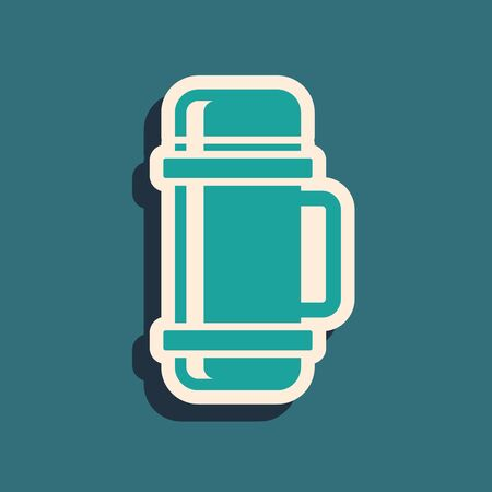 Green Thermo container icon isolated on blue background. Thermo flask icon. Camping and hiking equipment. Long shadow style. Vector Illustration Ilustração