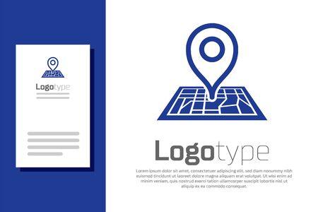 Segnaposto blu su carta mappa nell'icona di prospettiva isolato su priorità bassa bianca. Elemento del modello di progettazione del logo. illustrazione vettoriale Logo