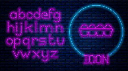 Glowing neon Chicken egg in box icon isolated on brick wall background. Neon light alphabet. Vector Illustration Ilustração