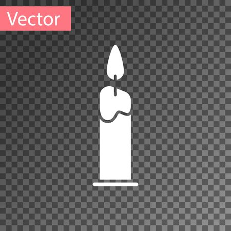 White Burning candle in candlestick icon isolated on transparent background. Cylindrical candle stick with burning flame. Vector Illustration Иллюстрация