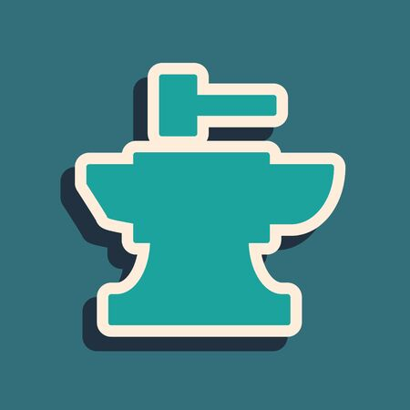 Green Anvil for blacksmithing and hammer icon isolated on blue background. Metal forging. Forge tool. Long shadow style. Vector Illustration Ilustracja