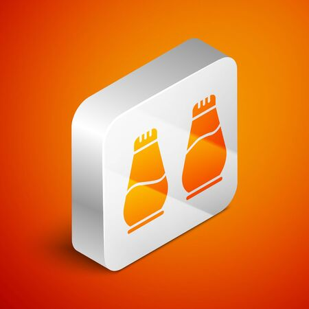 Isometric Salt and pepper icon isolated on orange background. Cooking spices. Silver square button. Vector Illustration Stock Illustratie