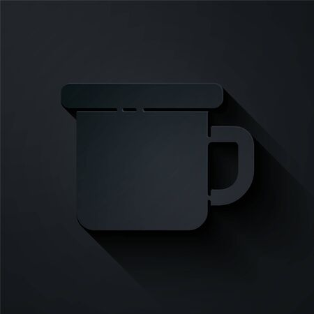 Paper cut Camping metal mug icon isolated on black background. Paper art style. Vector Illustration 向量圖像