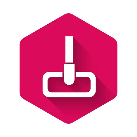 White Mop icon isolated with long shadow. Cleaning service concept. Pink hexagon button. Vector Illustration 向量圖像