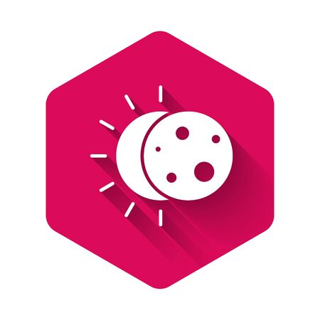 White Eclipse of the sun icon isolated with long shadow. Total sonar eclipse. Pink hexagon button. Vector Illustration Иллюстрация