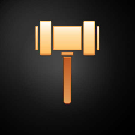 Gold Judge gavel icon isolated on black background. Gavel for adjudication of sentences and bills, court, justice. Auction hammer. Vector. Vectores