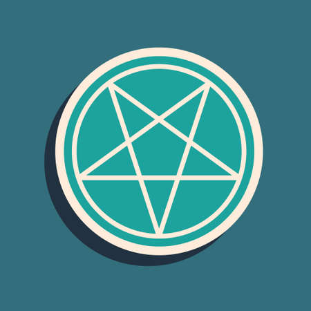 Green Pentagram in a circle icon isolated on green background. Magic occult star symbol. Long shadow style. Vector Illustration Vettoriali