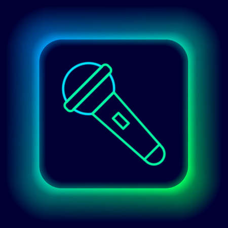 Glowing neon line Microphone icon isolated on black background. On air radio mic microphone. Speaker sign. Colorful outline concept. Vector Stock Illustratie