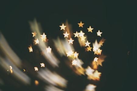 kindle: shooting star  abstract blur background ( kindle stars )