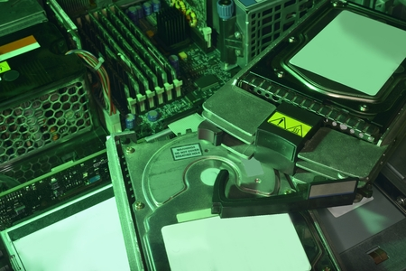 hardware: recycling old computer (server) hardware (recycling HDDs)