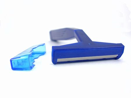 ble: Ble razor for shaveing with cover.