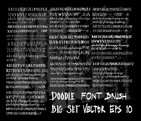 Hand drawn Sketch doodle vector font set on Chalkboard Stock Illustratie