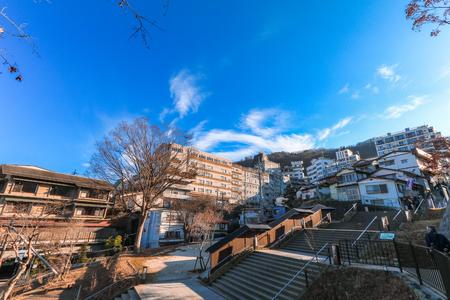 秋の伊香保温泉は有名な場所を日本、群馬県の榛名山の東斜面に位置する温泉街です。 写真素材