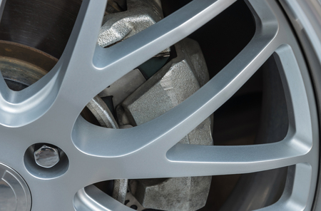 alloy: Disk brake with alloy wheel