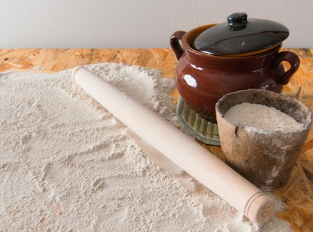 bolter: dough composition for homemade pies with flour