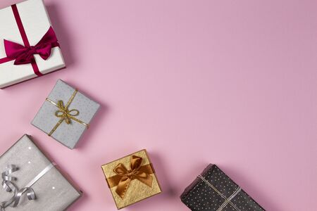 Christmas gift present box on light pink background. Christmas, New Year, birthday, holidays concept Reklamní fotografie - 133483798