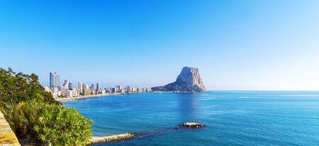 View to Mediterranean Sea, famous Rock Penon de Ifach in Calp, Costa Blanca, Valencia province, Spain Stockfoto