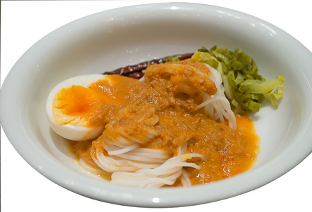 vermicelli: rice vermicelli and curry