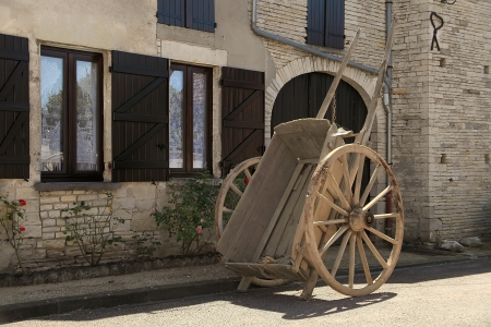 a two wheeled vehicle: High two-wheeled cart, Burgundy, France