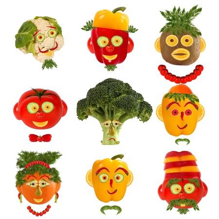 食品のコンセプトの創造的なセットです。野菜や果物からいくつかの面白い肖像画。