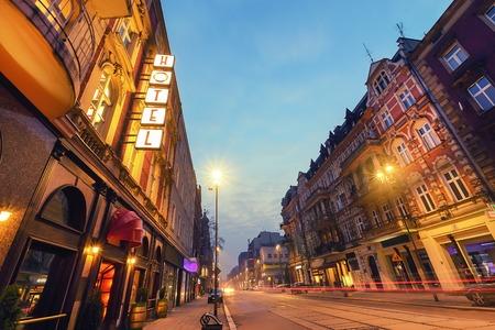 Hotel en la calle en Gliwice, Polonia, Europa.