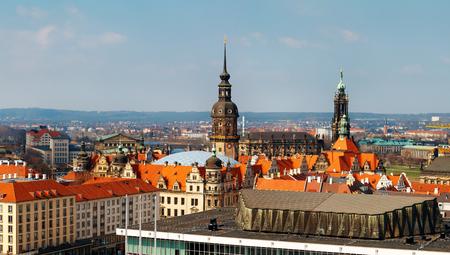 Vista desde arriba en la ciudad de Dresde, Alemania. Europa. Foto del día.