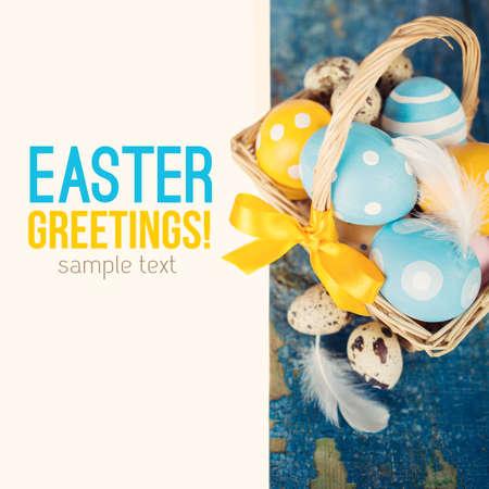 huevos de codorniz: Todav�a de Pascua vida con texto de ejemplo Foto de archivo