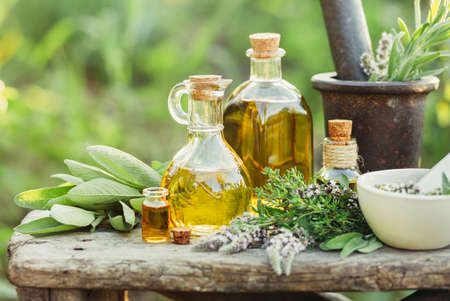Herbs and oils for massage Stockfoto