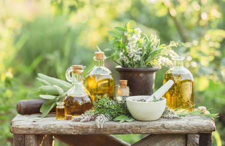 Geneeskrachtige planten en oliën voor massage