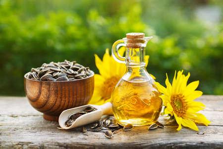 Organic sunflower oil 写真素材