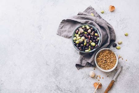 Organic lentils and raw broad beans. Ingredients for cooking. Top view. Food background with copy space. Stok Fotoğraf - 107561684