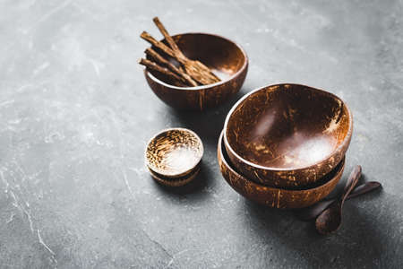 Tableware made of coconut and palm wood. Organic tableware.