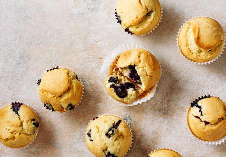 Homemade vanilla muffins with fresh berries. Top view. Stock fotó - 156314778