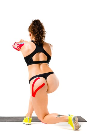The concept of sports medicine,sticky tape kinesiology tape for the treatment of muscle injury and tendon in athletes.