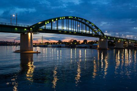 Panorama Night View Of A Bridge Over River Sava A Right Tributary Of The Danube In Belgrade Capital City Of Serbia Standard-Bild