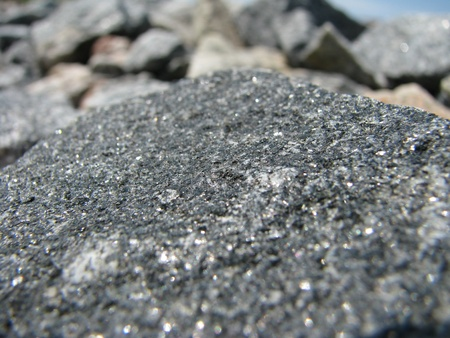 gritting: Crushed stones