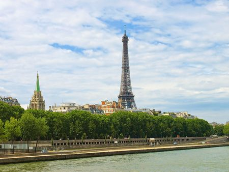 A view of the Eiffel tower from the river Seine. Stock Photo - 6761505
