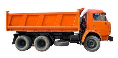the dump truck: Un gran cami�n con dos ejes traseros