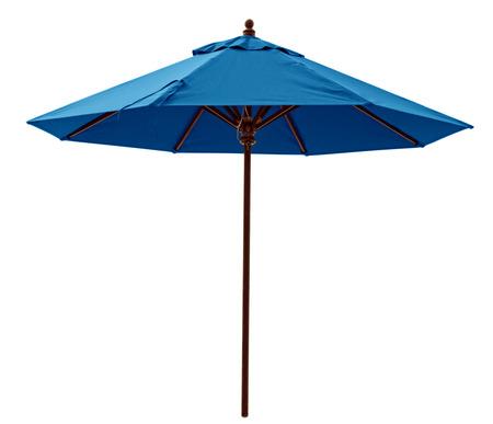 Blauwe parasol op wit wordt geïsoleerd. Het knippen inbegrepen weg.