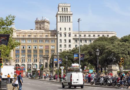 barsa: BARCELONA, SPAIN - JULY 6, 2015: Plaza De Catalunya (Square of Catalonia) in Barcelona. Spain.