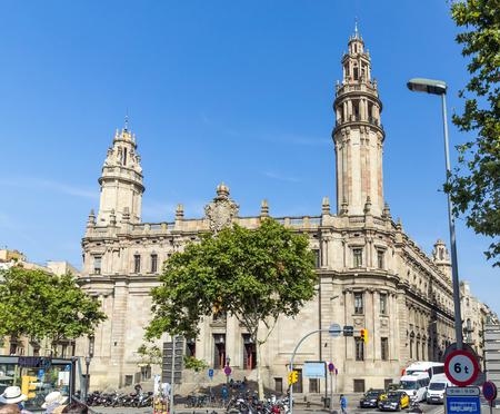 barsa: BARCELONA, SPAIN - JULY 6, 2015: Architecture of port Vell in Barcelona, Spain.