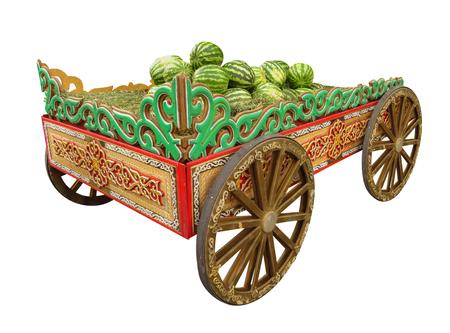 carretilla: Carro de madera con sandías aislado en blanco.