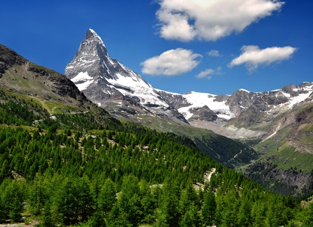 traditional climbing: views of the Matterhorn - Swiss Alps