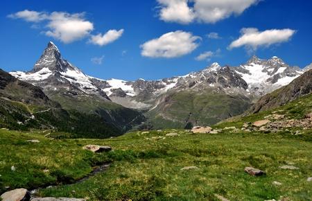 uitzicht op de Matterhorn en de Ober Gabelhorn - Zwitserse Alpen