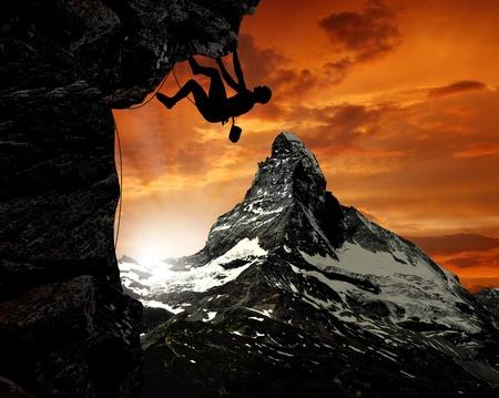 swiss alps: wspinaczy w Alpach szwajcarskich Zdjęcie Seryjne